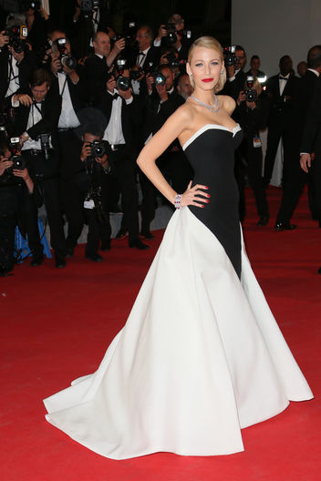 blake-lively-black-white-dress-cannes-2014-w352